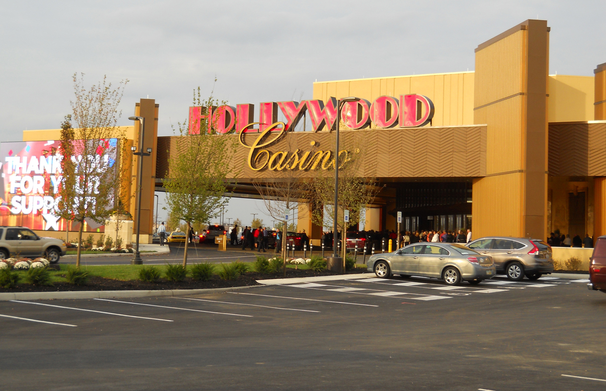 hollywood casino columbus new years day buffet